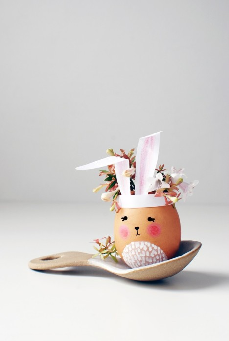 Easter-Bunny-Vases-from-egg-shells-5-768x1147