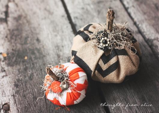 DIY-Chevron-Fabric-Burlap-Pumpkins